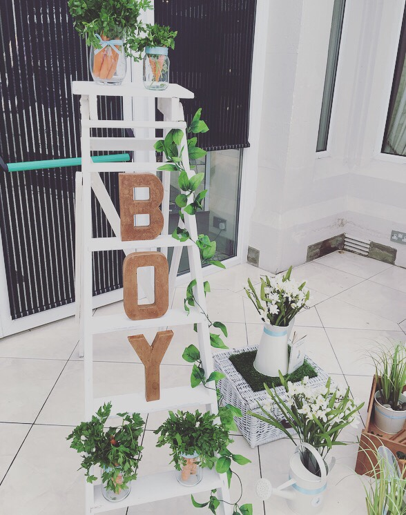 Peter Rabbit themed vintage ladder