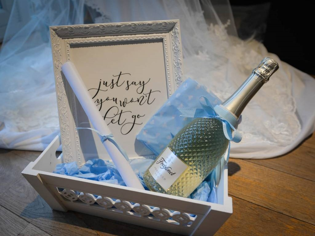 Bride to be gift hamper